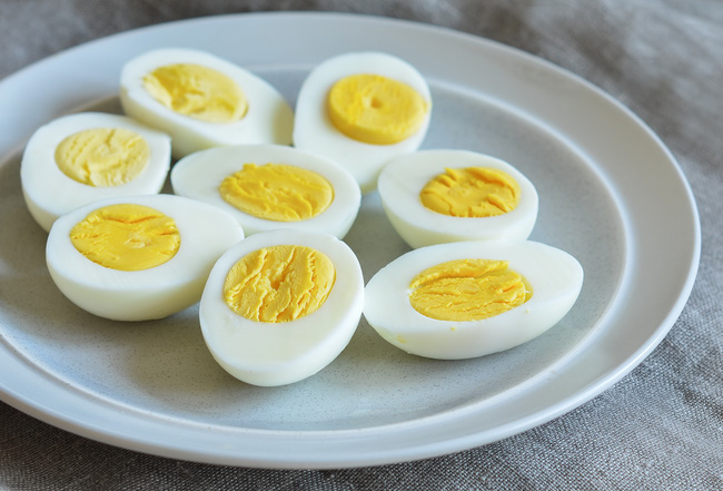 Nếu cảm thấy già nhanh và sức khỏe suy yếu sau 30 tuổi, bạn cần phải ăn 9 món chứa lượng collagen dồi dào bậc nhất này - Ảnh 5.
