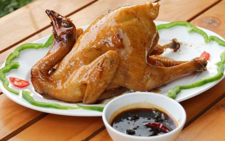 Chuyên gia cảnh báo: 3 bộ phận trên con gà dù thích đến đâu bạn cũng không nên ăn