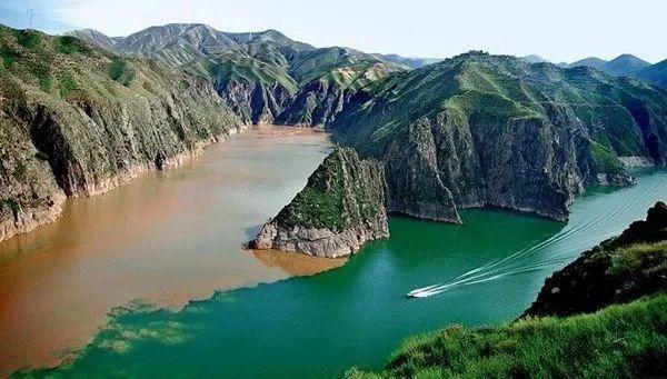 Ngỡ ngàng với 10 hiện tượng kỳ bí của thiên nhiên ở Trung Quốc, tuy nhiên đến hiện tại vẫn chưa có lời giải đáp - Ảnh 1.