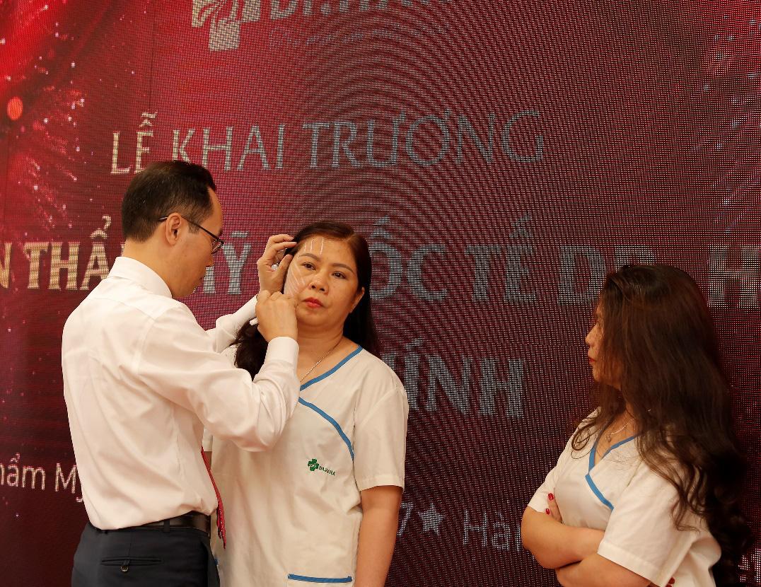 Bùng nổ khuyến mãi trong tuần lễ ra mắt Dr.Han - Ảnh 4.