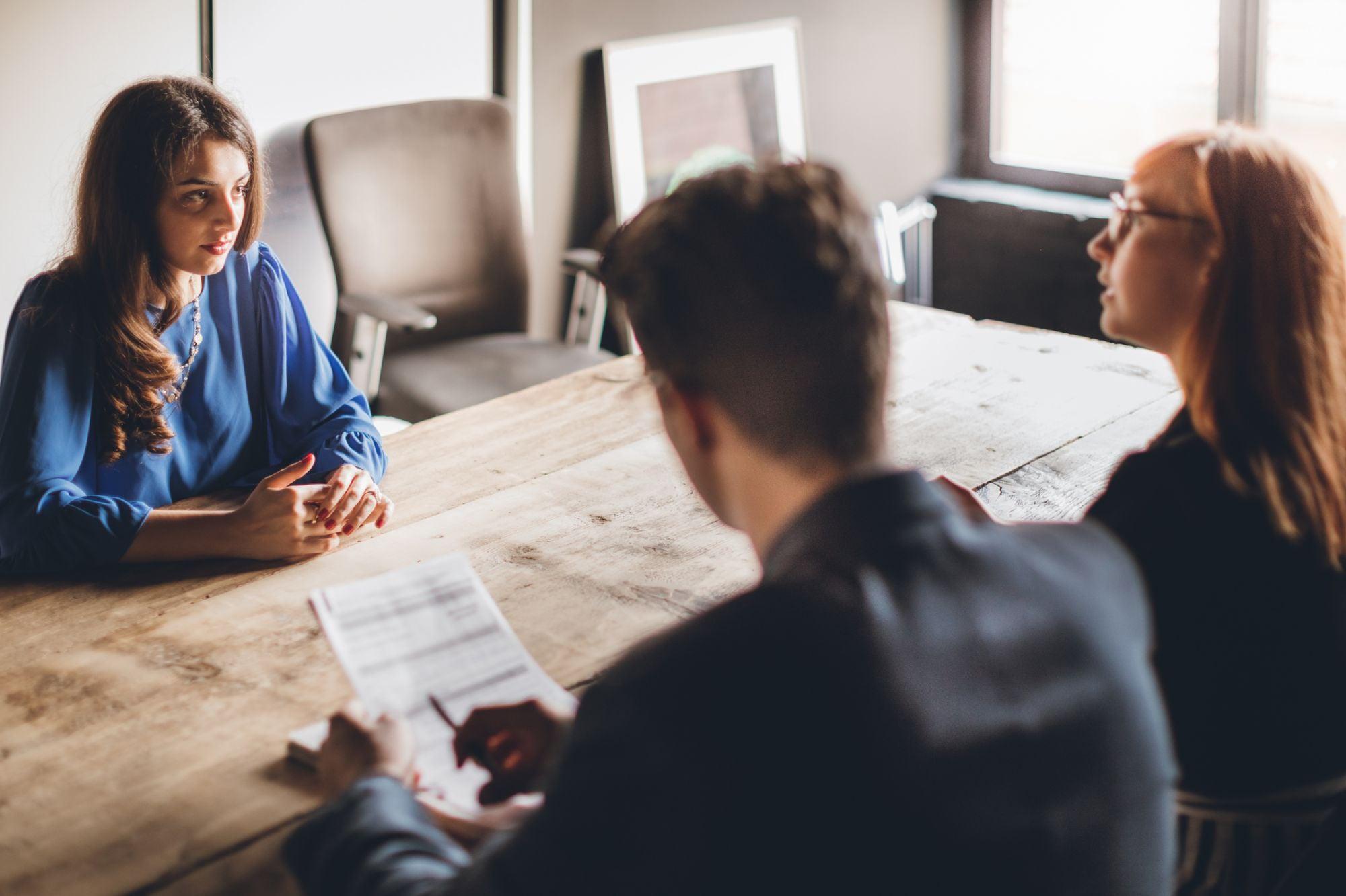 Millennials và Gen Z sử dụng chiến thuật gì để deal lương ăn đứt người đi làm lâu năm - Ảnh 2.