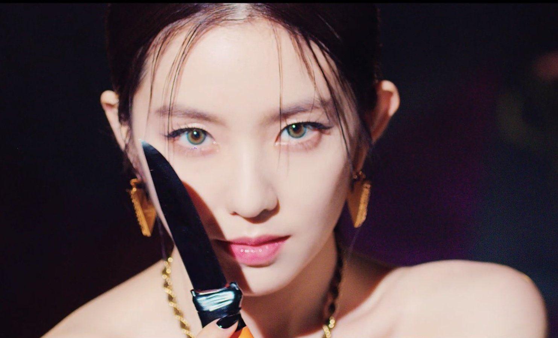 Không nhận ra Irene trong MV mới: Sắc sảo và sexy tột bậc, khác hẳn style ngọt ngào mọi khi - Ảnh 7.