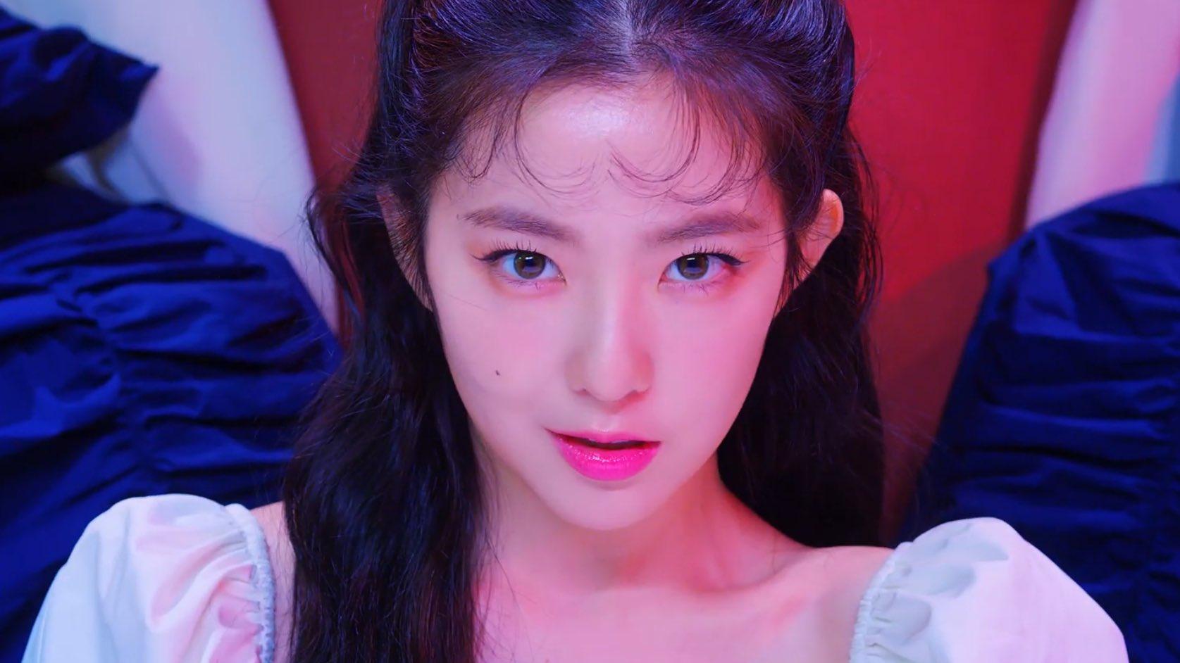 Không nhận ra Irene trong MV mới: Sắc sảo và sexy tột bậc, khác hẳn style ngọt ngào mọi khi - Ảnh 3.