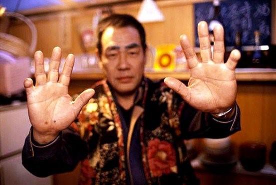 Con gái ông trùm mafia khét tiếng Nhật Bản: Bị hãm hiếp liên tục để trả nợ cho cha, thời niên thiếu nhuốm đầy máu và quyết định thay đổi cuộc đời - Ảnh 7.
