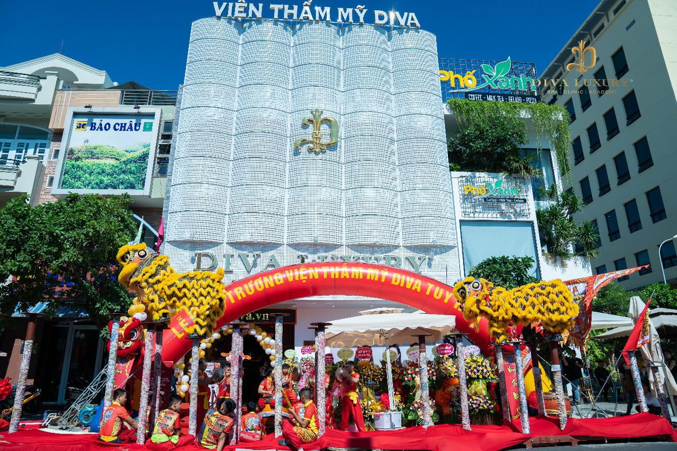 Viện thẩm mỹ DIVA Phú Yên kín khách trong ngày đầu khai trương - Ảnh 1.