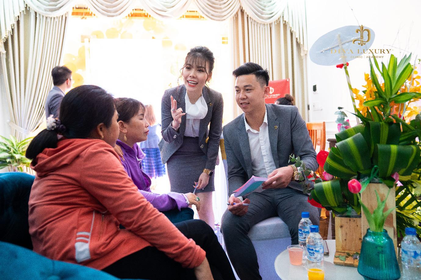 Viện thẩm mỹ DIVA Phú Yên kín khách trong ngày đầu khai trương - Ảnh 7.