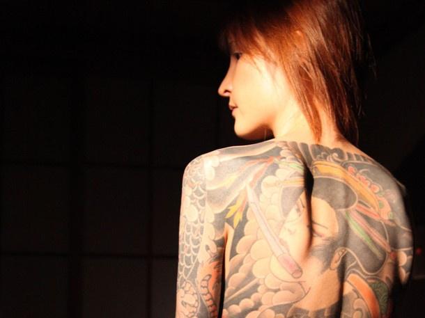 Con gái ông trùm mafia khét tiếng Nhật Bản: Bị hãm hiếp liên tục để trả nợ cho cha, thời niên thiếu nhuốm đầy máu và quyết định thay đổi cuộc đời - Ảnh 4.