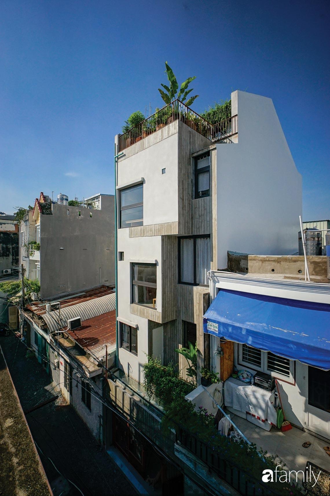 Ngôi nhà phố thiết kế khác biệt để mang đến những điều đặc biệt cho cuộc sống của gia đình trẻ ở TP HCM - Ảnh 1.