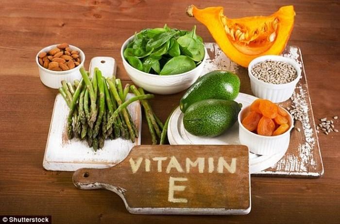 """Nếu ở """"thời điểm vàng"""" này trong ngày phụ nữ bổ sung vitamin E sẽ vừa chống được ung thư lại xóa mờ nếp nhăn hiệu quả - Ảnh 4."""