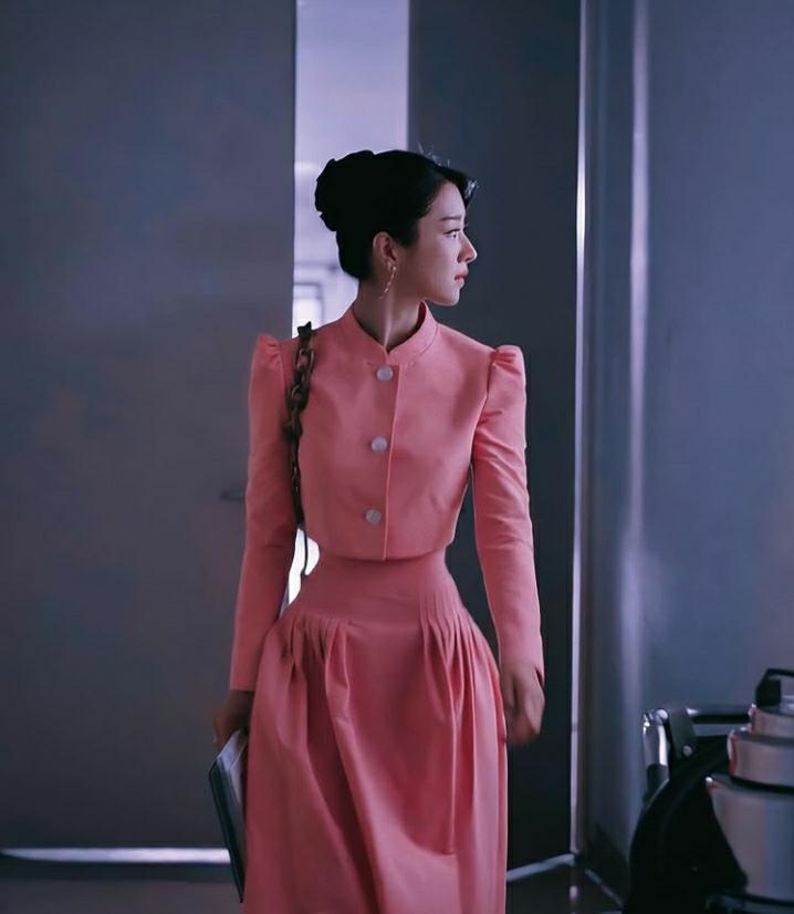 Seo Ye Ji dáng đẹp siêu thực nhưng lại chẳng bao giờ dám mặc bikini, nghe xong lý do mà ai cũng xót xa - Ảnh 1.