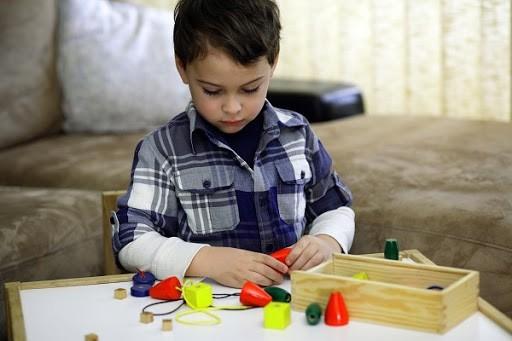 5 dấu hiệu chứng tỏ con bạn thông minh từ tấm bé nhưng cha mẹ thường bỏ qua, còn cho đó phá phách, ngỗ ngược - Ảnh 5.