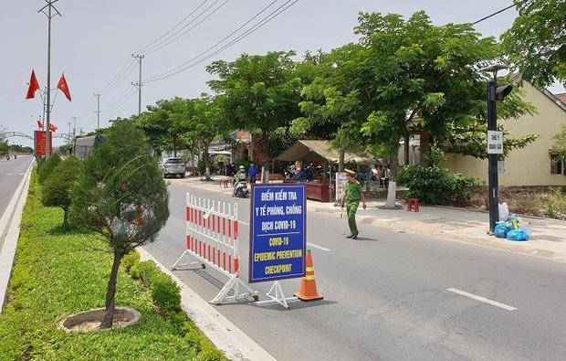 Quảng Nam: Bệnh nhân Covid-19 dự đám cưới, huyện ra thông báo khẩn - Ảnh 1.