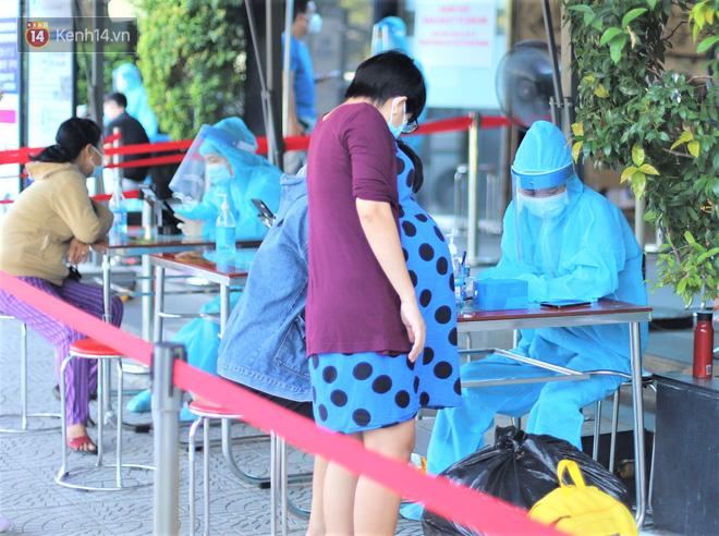 Chủ tịch Đà Nẵng: Tiến tới xét nghiệm tất cả người dân thành phố - Ảnh 1.