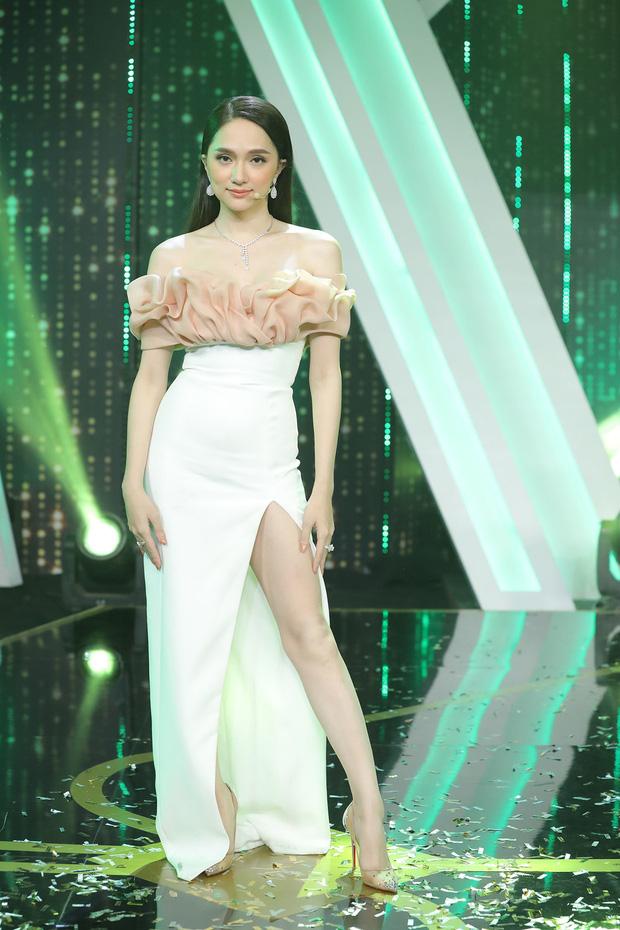 Thương Hương Giang ghê: Bụng phẳng eo thon nhưng lại bị hiểu lầm là bụng mỡ vì kiểu váy tai hại - Ảnh 2.