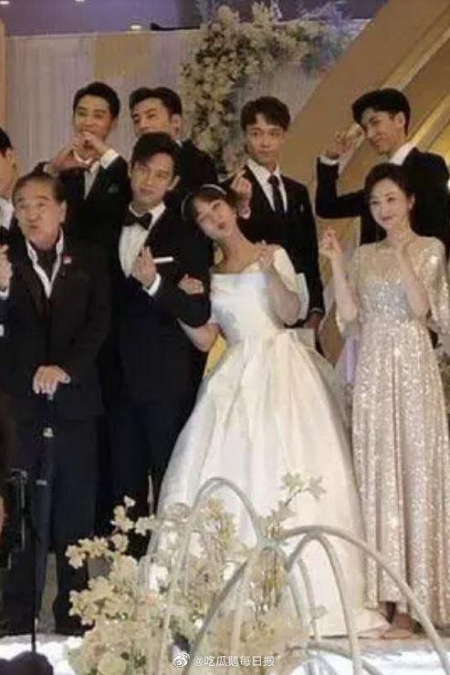 """Chưa làm đám cưới trong """"Cá mực hầm mật"""", Dương Tử - Lý Hiện rủ nhau sang phim ngôn tình khác tổ chức hôn lễ  - Ảnh 3."""