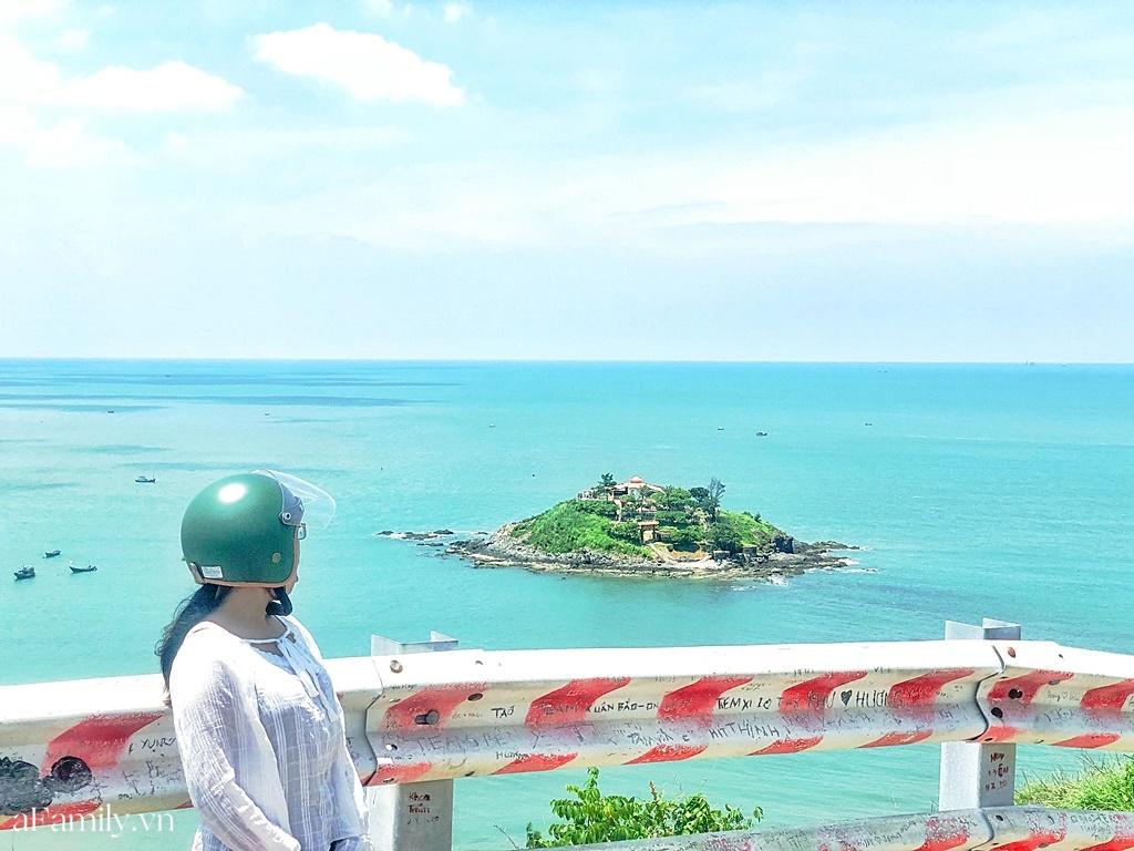 """Cô nàng độc thân 26 tuổi lần đầu đi xuyên Việt bằng xe máy với 7 triệu và 17 ngày: Cả tuổi trẻ dành để """"đi bụi"""", sống không dũng cảm uổng phí thanh xuân! - Ảnh 13."""
