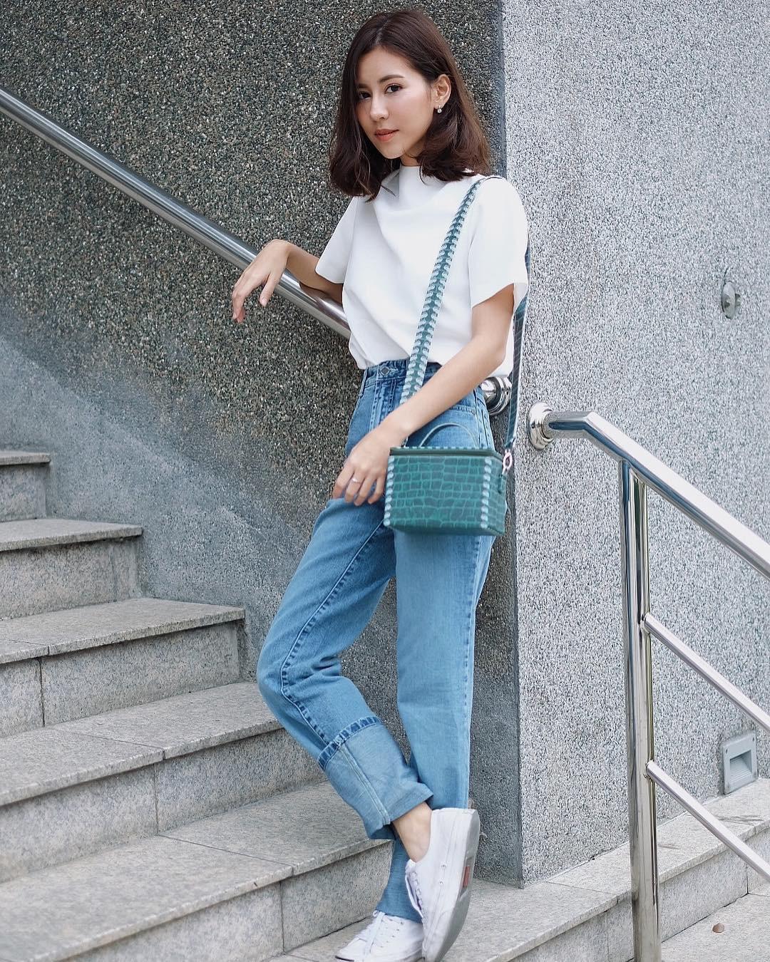 Item bình dân duy nhất trong set đồ của  Seo Ye Ji suốt cả bộ phim: Kiểu quần jeans hack chân dài cực đỉnh mà chị em nào cũng nên có - Ảnh 10.