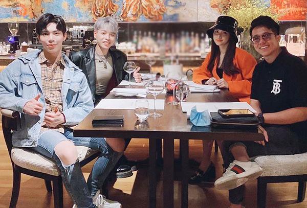 CEO Matt Liu dẫn Hương Giang ra mắt hội bạn thân rich kid nhưng nàng lại né tránh chụp ảnh chung? - Ảnh 4.