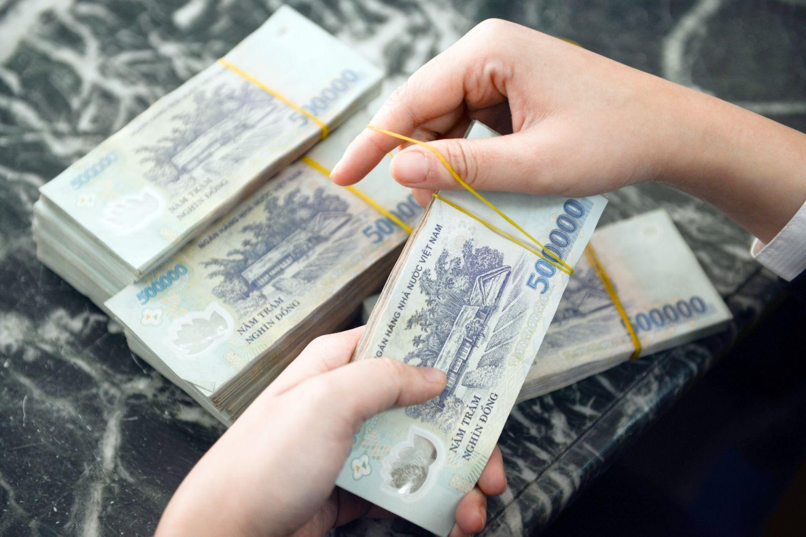 """Có 500 triệu nhưng vợ chồng trẻ Sài Gòn không mua vàng tích trữ mà """"chia tiền làm 5 giỏ"""" để tiền đẻ ra tiền  - Ảnh 2."""
