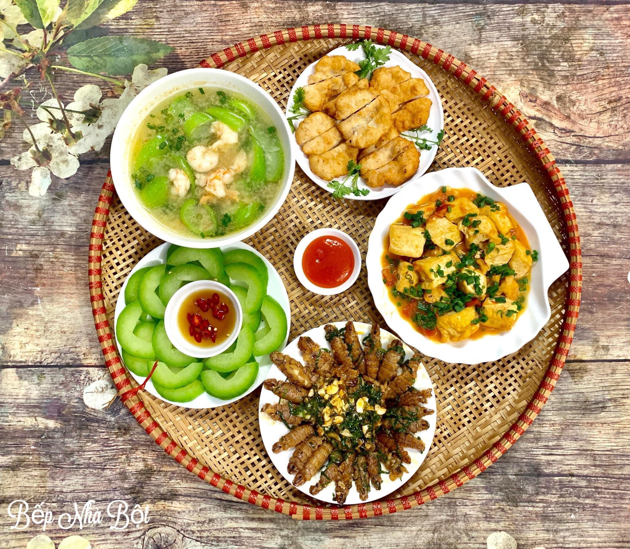 """Mâm cơm chỉ từ 120k của mẹ đơn thân Hà Nội khi coi """"Nấu ăn vì đam mê không phải là trách nhiệm"""" khiến ai nhìn cũng phải xuýt xoa - Ảnh 2."""
