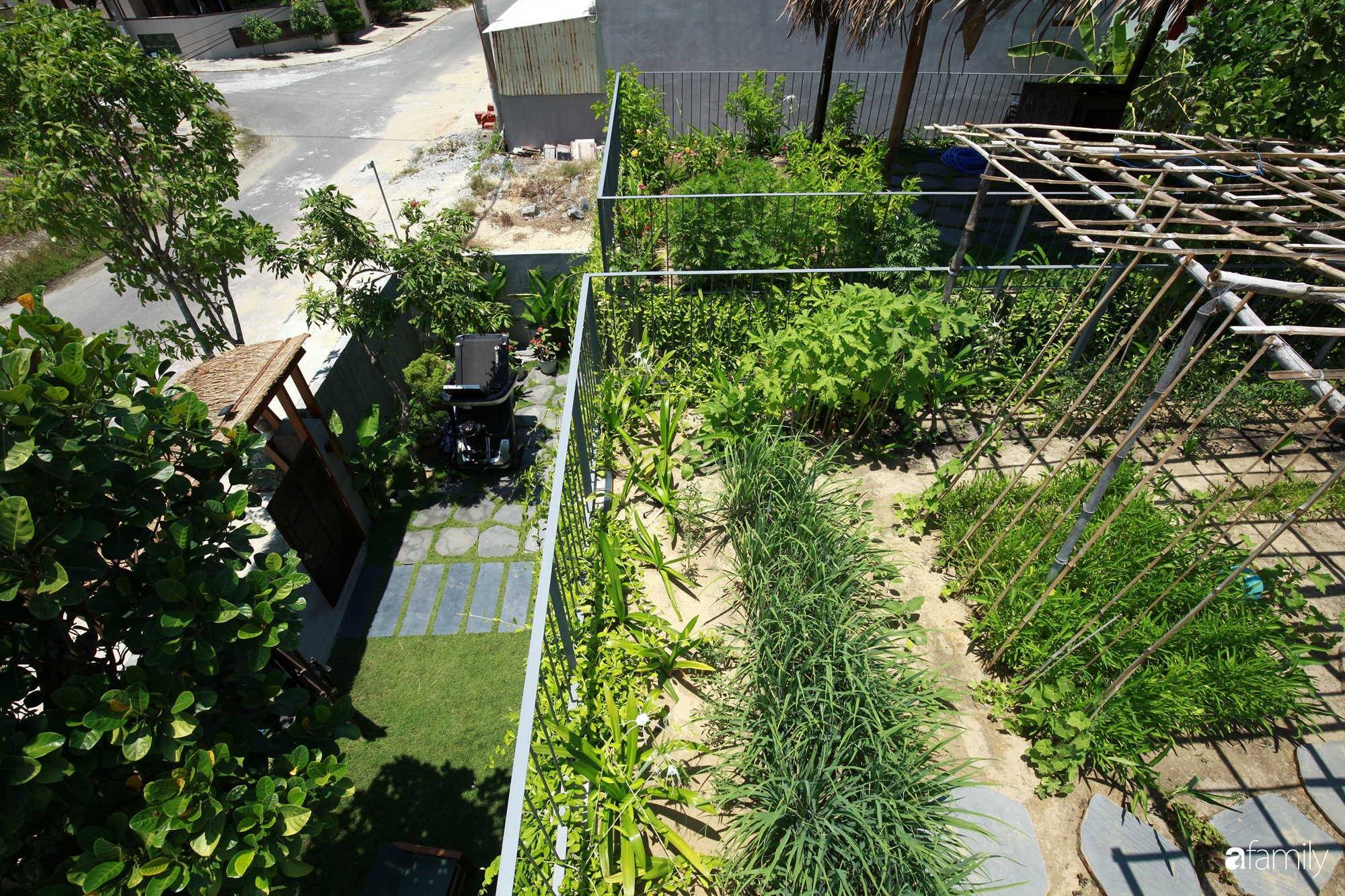 Nhà vườn mái tranh rộng 200m² với đủ tiện nghi hiện đại nổi bật giữa phố thị Hội An có chi phí xây dựng 2,1 tỷ đồng - Ảnh 5.