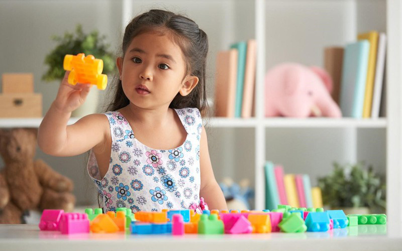 Đừng vội trách mắng con càng ngày càng mất tập trung, lỗi tại cha mẹ làm những điều này mỗi ngày mà không hay biết