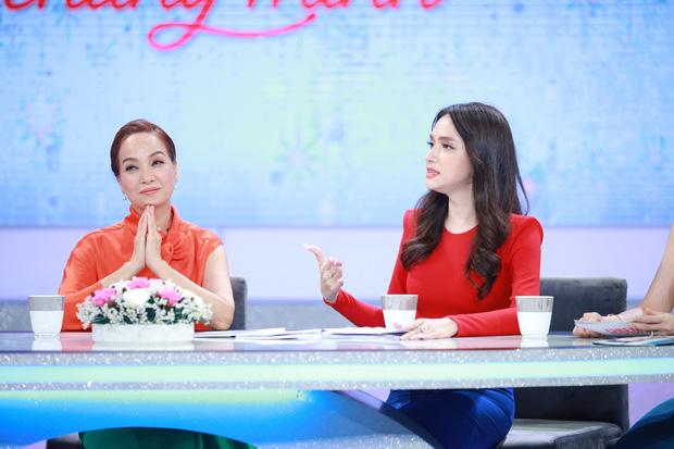 """""""Tuesday"""" tìm đến tận nhà, Hương Giang đanh thép nhắn: """"Em gái, chuyện nhà chị để chị tự giải quyết! Em không được phép đứng trước mặt chị"""" - Ảnh 5."""