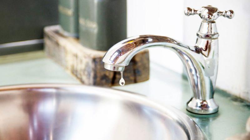 8 mẹo nhỏ giúp hóa đơn tiền nước của bạn giảm đến 50% - Ảnh 2.