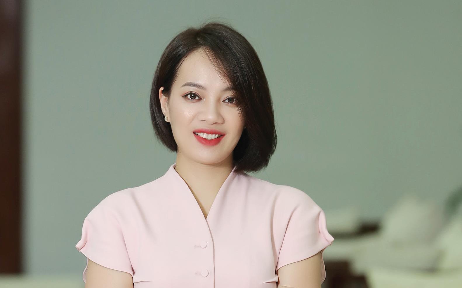 """""""Bóng hồng"""" đại diện Top 10 doanh nghiệp tiêu biểu ASEAN là ai?"""
