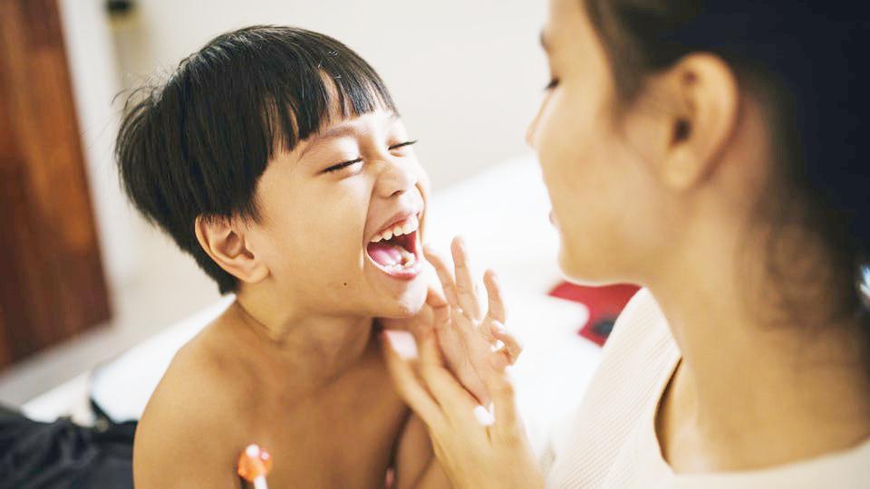 10 dấu hiệu chứng tỏ đứa trẻ rất thông minh, cha mẹ hãy đọc ngay để bồi dưỡng cho con - Ảnh 3.