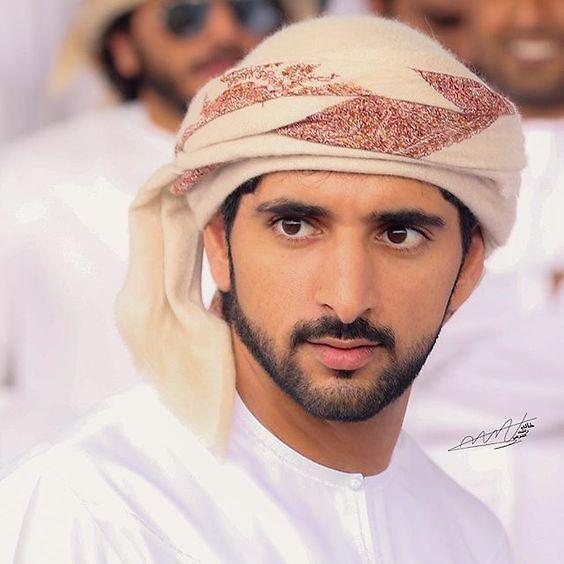Chim mẹ chọn đúng ô tô của Hoàng tử Dubai làm tổ và pha xử lý không ai ngờ của chàng hoàng tử điển trai được dân mạng khen ngợi rần rần - Ảnh 3.