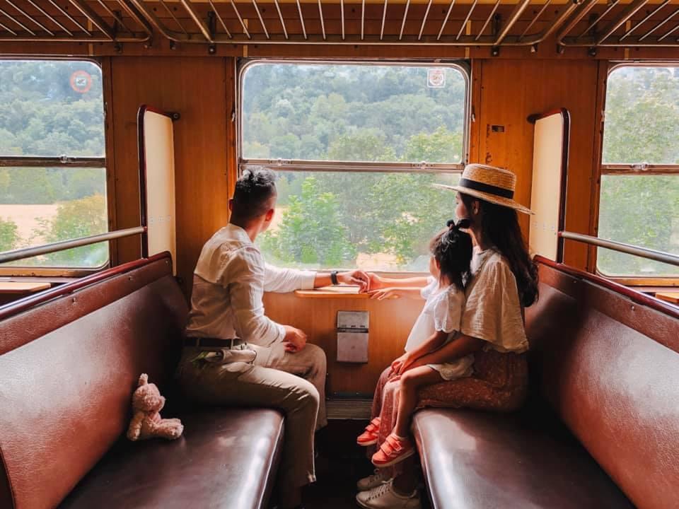 Bộ ảnh picnic trong Rừng Đen đẹp như cổ tích của gia đình Việt ở Đức giữa mùa dịch, vừa bình yên lại chẳng tốn kém nhiều - Ảnh 4.