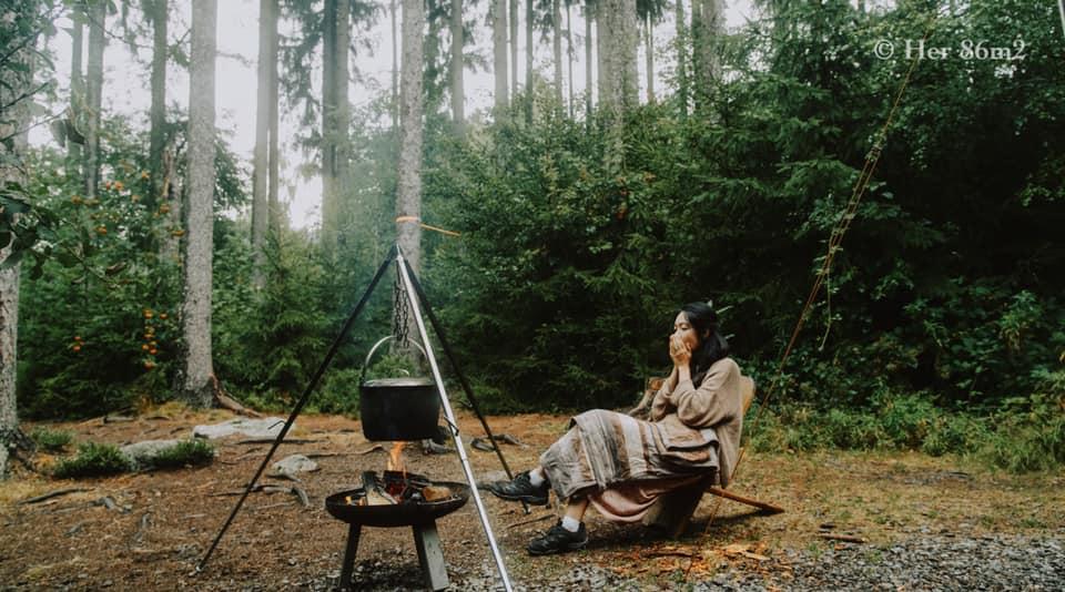 Bộ ảnh picnic trong Rừng Đen đẹp như cổ tích của gia đình Việt ở Đức giữa mùa dịch, vừa bình yên lại chẳng tốn kém nhiều - Ảnh 7.