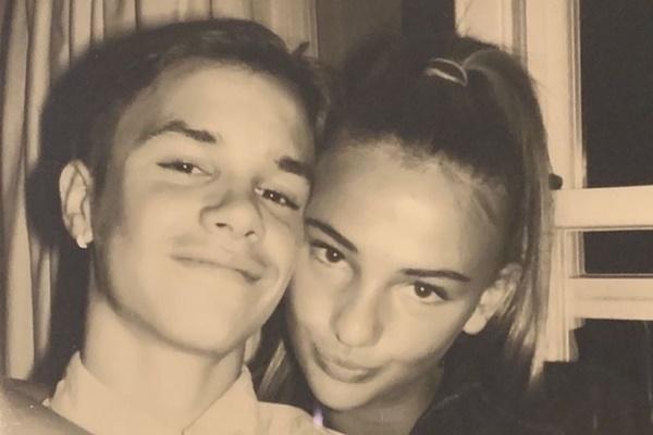 Bước sang tuổi 17, con trai thứ 2 của David Beckham chơi lớn khi tạo dáng tình tứ đầy táo bạo với bạn gái - Ảnh 5.