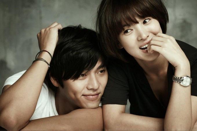 Tập thể người yêu cũ từ Song Hye Kyo đến Kang Sora kết hôn hết lượt, bao giờ Hyun Bin mới được sắm vai chú rể? - Ảnh 8.