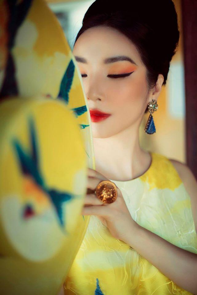 Hoa hậu Giáng My khoe nhan sắc tuổi 50 mỹ miều trong hoàng thành Đại nội Huế - Ảnh 8.