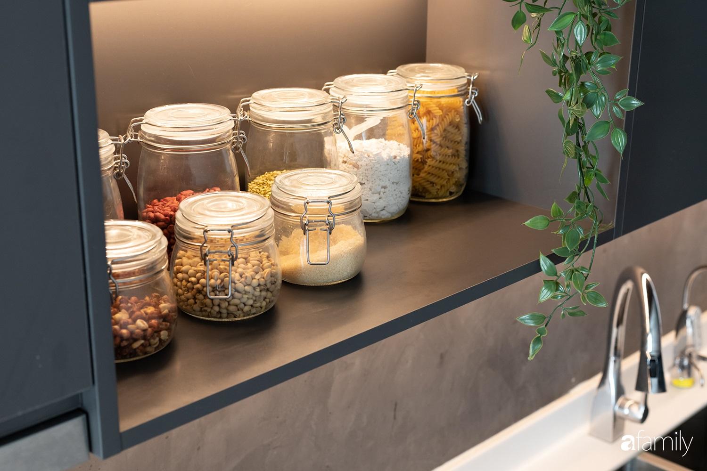 Căn hộ với chi phí phần nội thất gỗ có giá 200 triệu đồng đẹp cuốn hút theo phong cách tối giản ở Hà Nội - Ảnh 11.