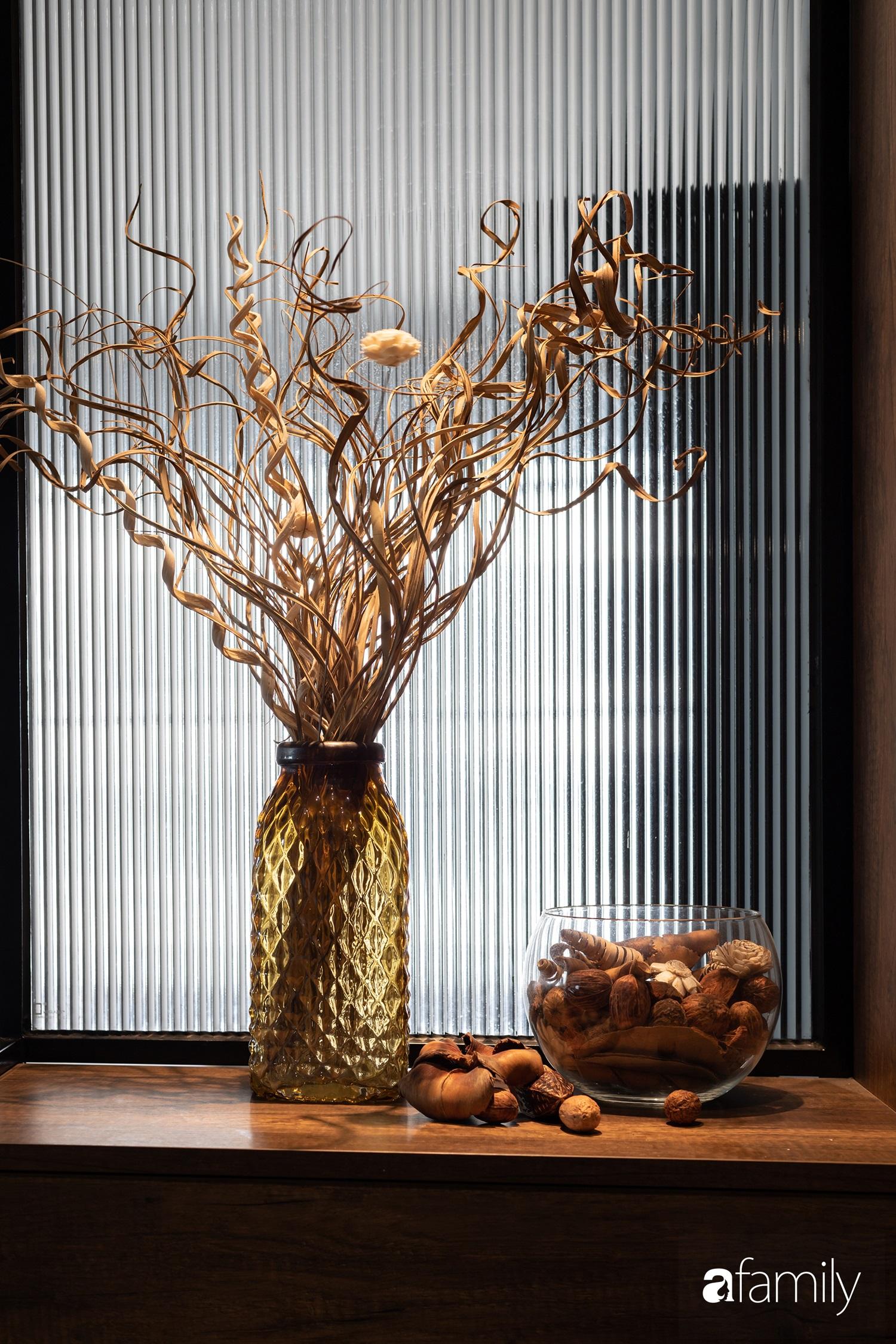 Căn hộ với chi phí phần nội thất gỗ có giá 200 triệu đồng đẹp cuốn hút theo phong cách tối giản ở Hà Nội - Ảnh 18.