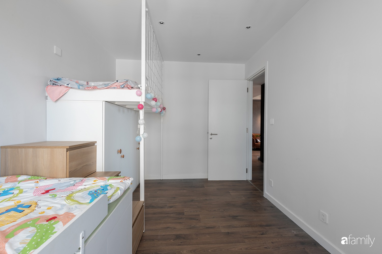 Căn hộ với chi phí phần nội thất gỗ có giá 200 triệu đồng đẹp cuốn hút theo phong cách tối giản ở Hà Nội - Ảnh 26.