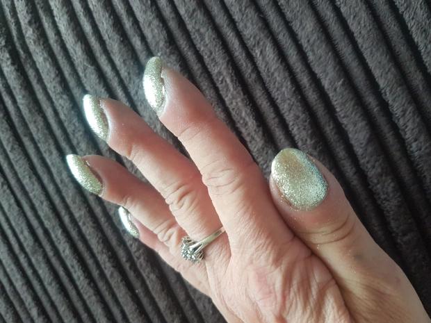 Bài kiểm tra đơn giản bằng 2 ngón tay có thể cho biết liệu bạn có nguy cơ bị ung thư phổi hay không - Ảnh 4.