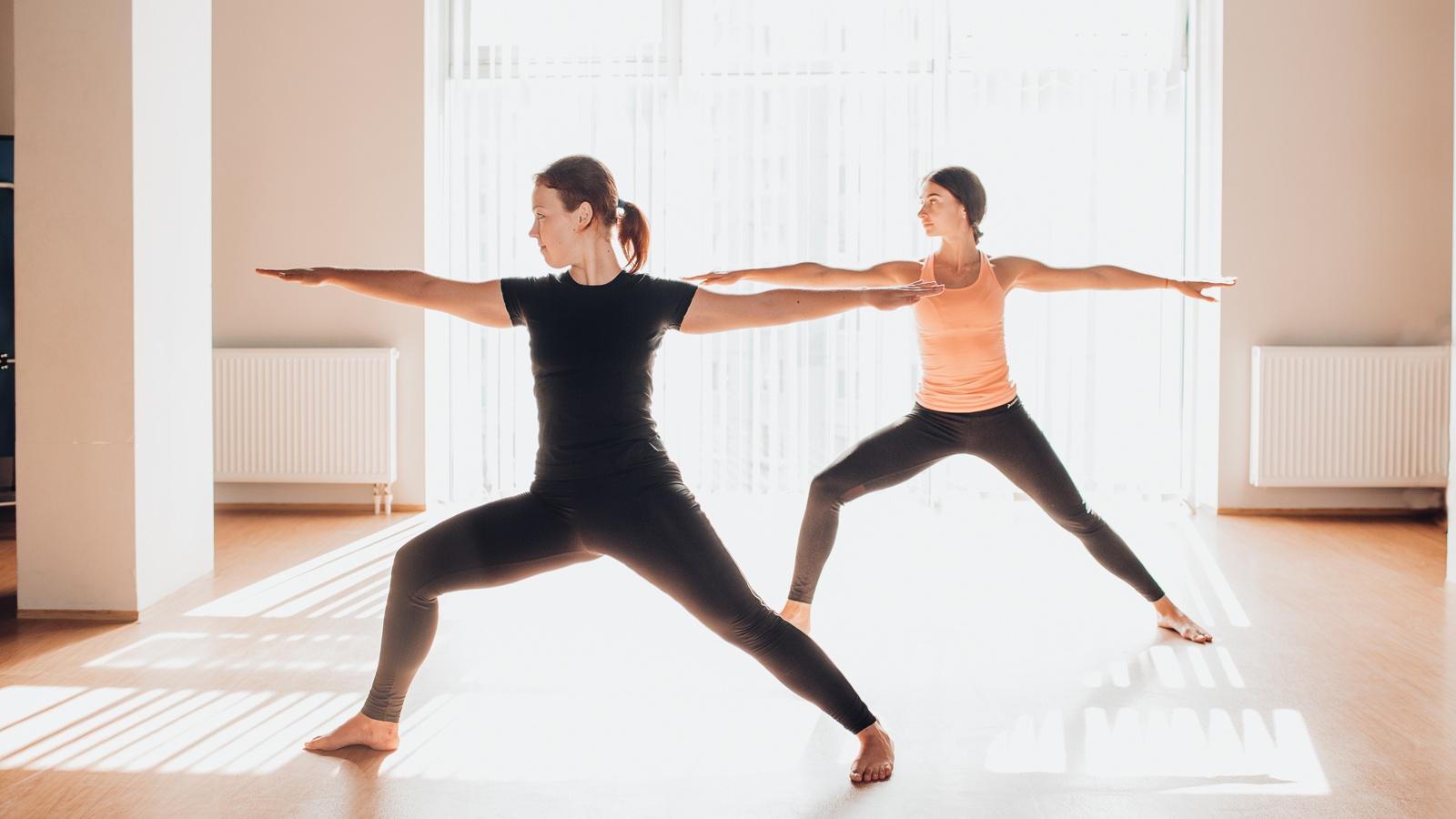 4 tư thế sai khi tập tành khiến các chị em tập hoài vẫn không giảm được cân nào - Ảnh 6.