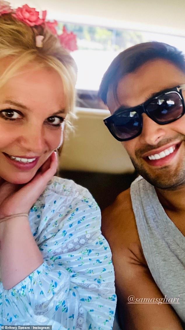 """Britney Spears có động thái """"cực gắt"""" khi yêu cầu bố ruột rời khỏi vị trí giám hộ và không được phép quản lý tài sản của cô - Ảnh 2."""