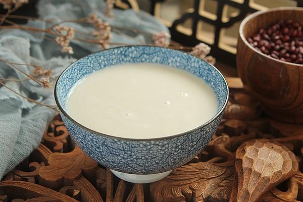 Muốn da căng mịn ẩm mượt thì các mẹ không thể bỏ qua món sữa ngũ cốc ăn sáng thơm ngon mà làm lại rất nhanh - Ảnh 6.