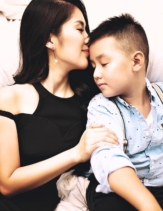 Được mẹ đón lên Sài Gòn chung sống sau 5 năm xa cách, con trai Lê Phương hiện có cuộc sống thế nào? - Ảnh 6.