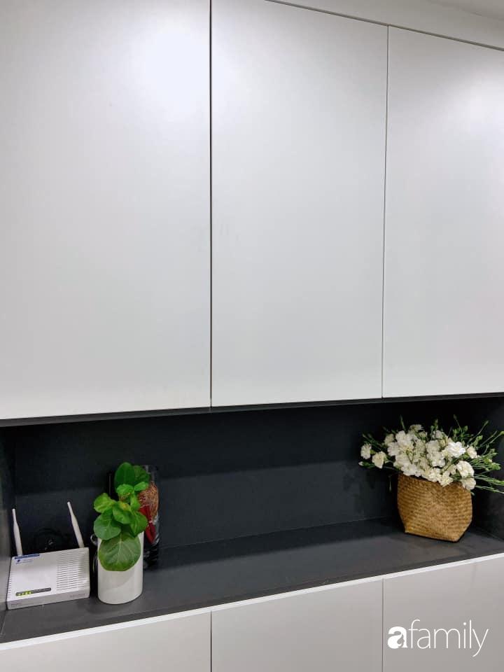 Căn bếp nhỏ tinh tươm nhờ cách sắp đặt đồ đạc, vật dụng khoa học của bà mẹ Hà Nội - Ảnh 4.