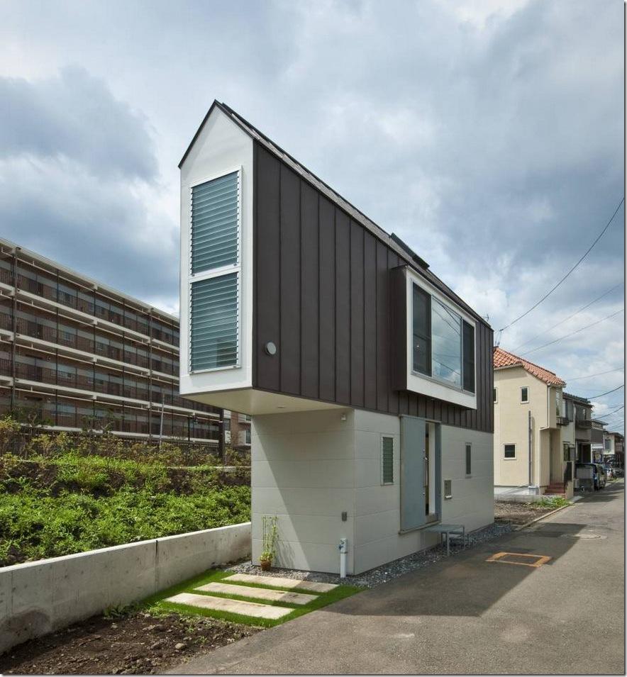 Căn nhà 2 tầng hình tam giác rộng 29m² tiện nghi, thoáng sáng bất ngờ - Ảnh 1.