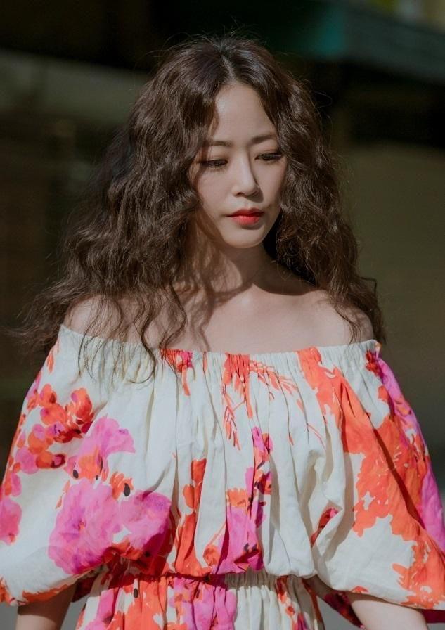 """Seo Ye Ji cuối cùng đã gặp đối thủ, """"bà hoàng sang chảnh"""" dự sẽ sớm bị soán ngôi không thương tiếc - Ảnh 4."""