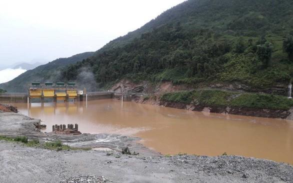 Hà Nội và các tỉnh miền Bắc mưa lớn từ chiều nay, lo ngại thuỷ điện xả lũ - Ảnh 1.