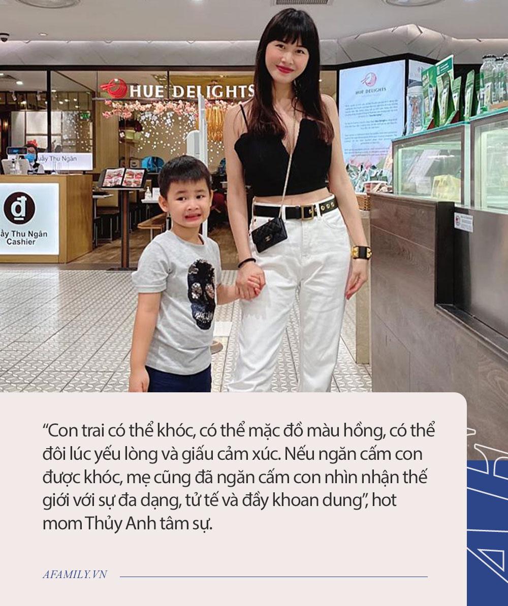"""Ca sĩ Đăng Khôi bực mình nên quát con trai, cậu bé bất ngờ hỏi 1 câu mà khiến mẹ phải nói lời """"xin lỗi con"""" ngay lập tức - Ảnh 3."""