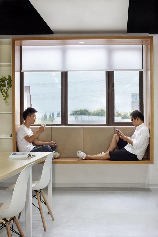 Những bí quyết đơn giản và tiết kiệm tạo vẻ đẹp hiện đại, cuốn hút cho khung cửa sổ nhà bạn - Ảnh 10.